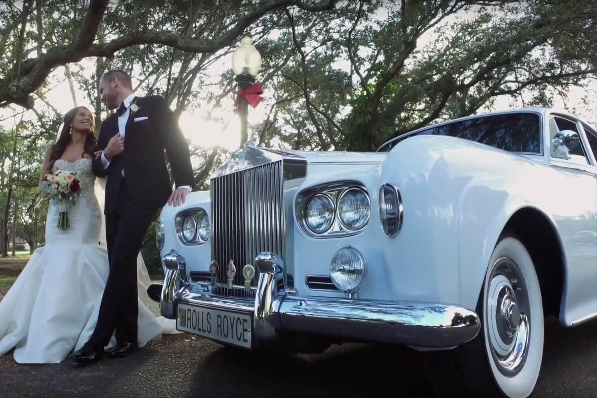 Vip Wedding Transportation - Image provided by: RiantFilms.com